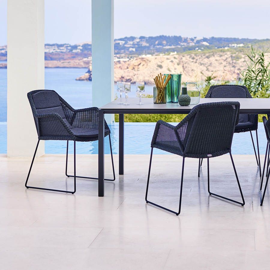 BREEZE Dining Chair - Cane-line Outdoor Furniture Collection - WGU Design